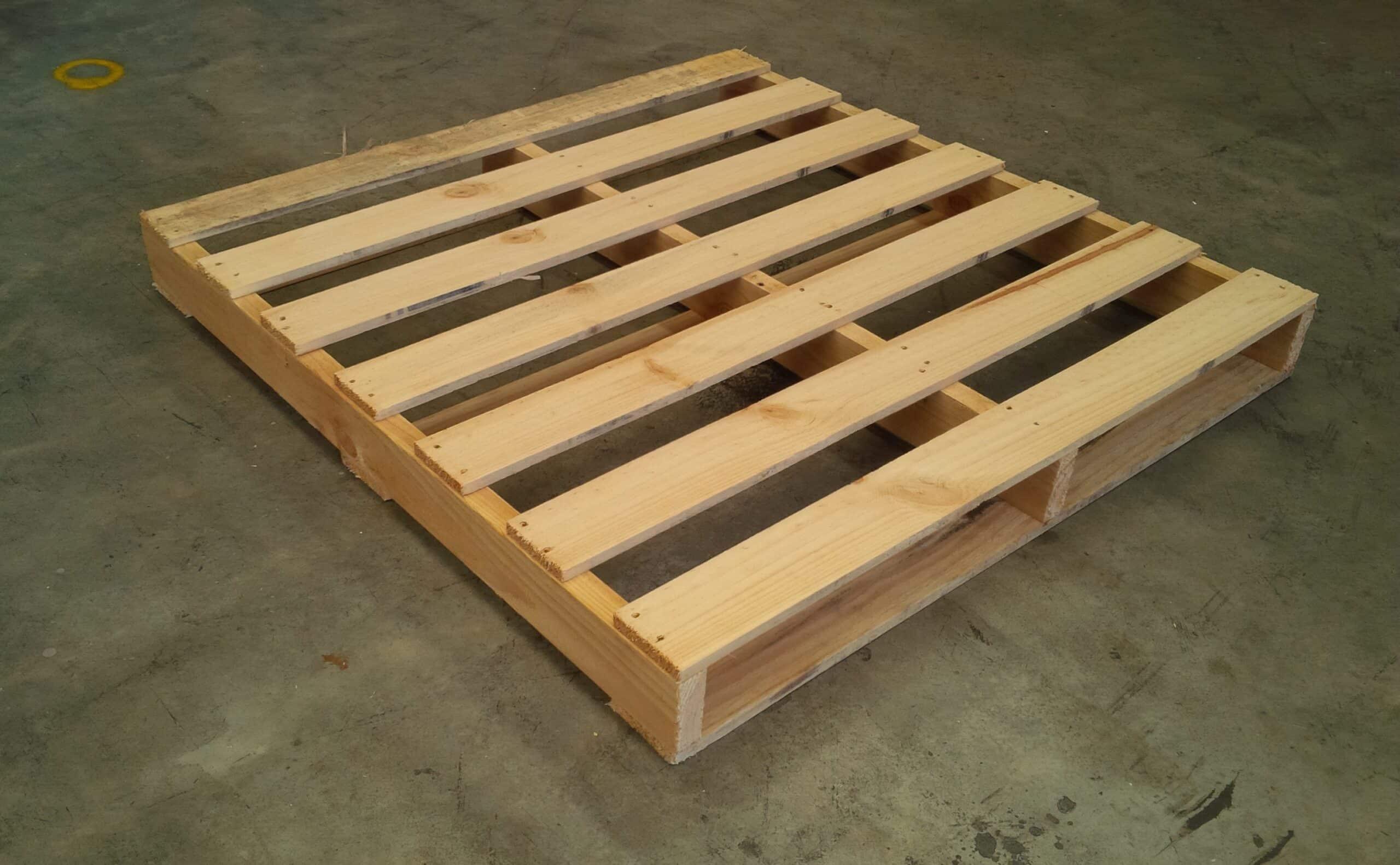 Standard 1 Tonne Pine Pallet 1165 x 1165