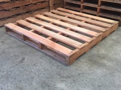 1165 x 1165mm S/H Pine Pallet – As New