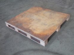 1100 x 1100mm Plywood Pallet