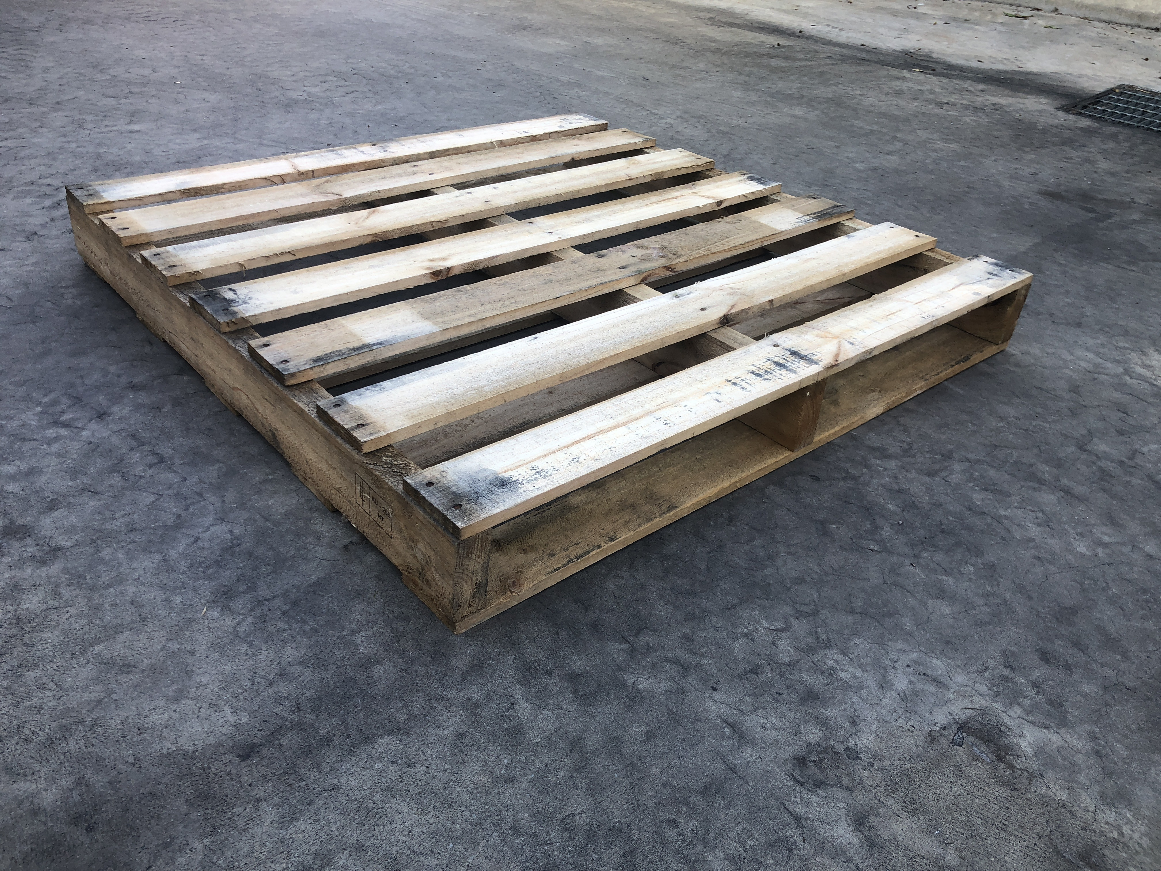 Uploaded To1075 x 1075mm S/H Pine Pallet